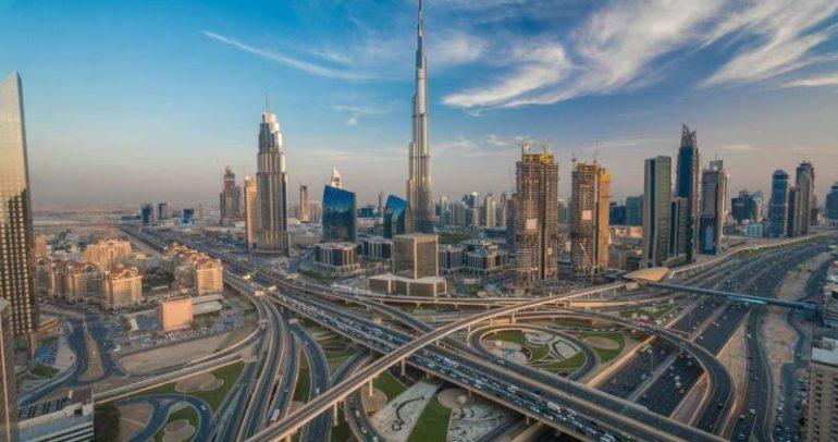 طرقات دبي تدخل موسوعة غينيس!