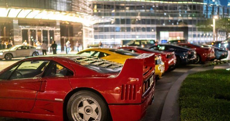 نادي مالكي سيارات فيراري في الإمارات يحتفل بـمرور 10 سنوات على تأسيسه