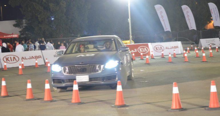 كيا تطرح سياراتها الهجينة في معرض جدة للسيارات