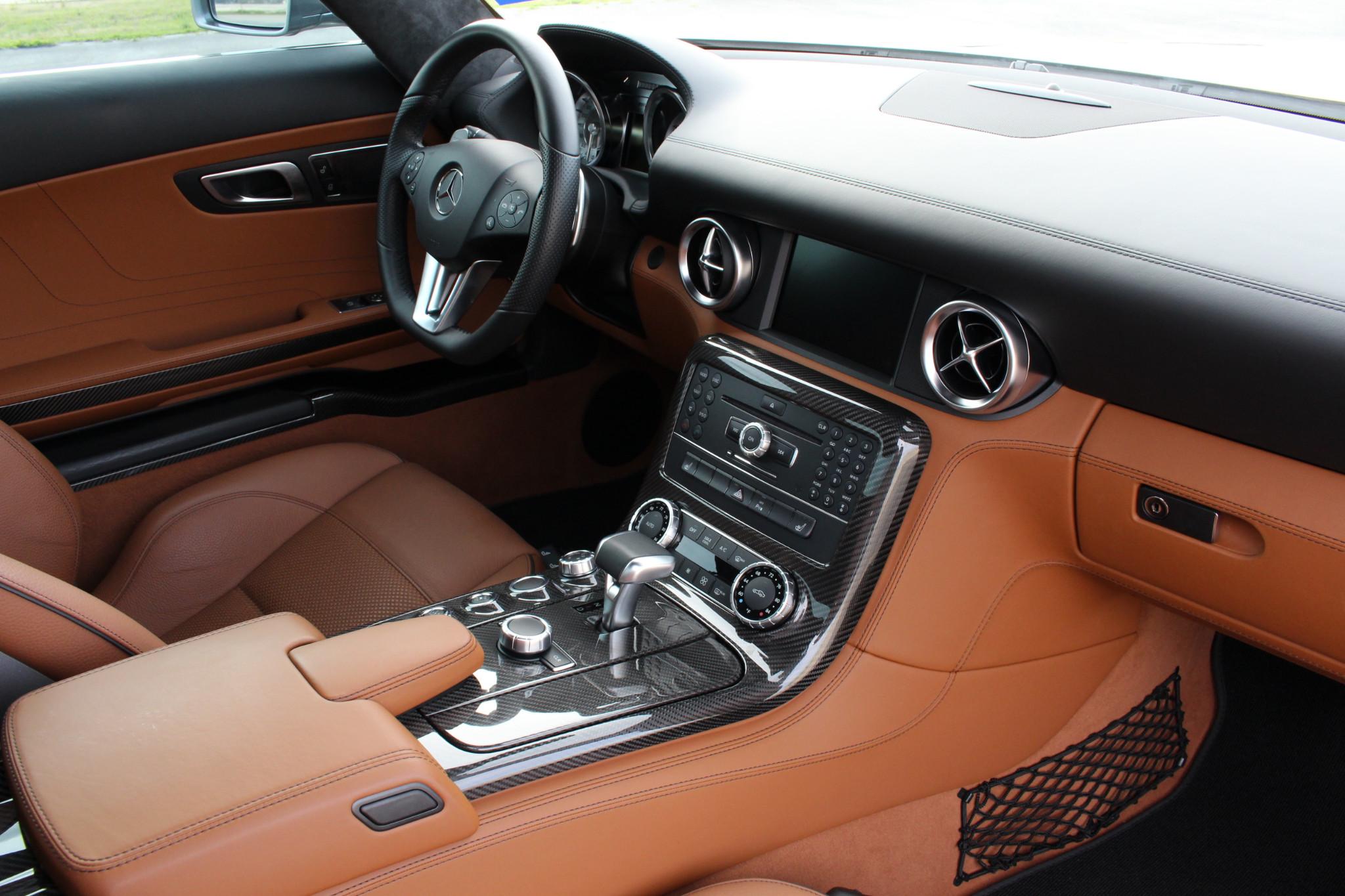 مرسيدس-بنز SLS AMG