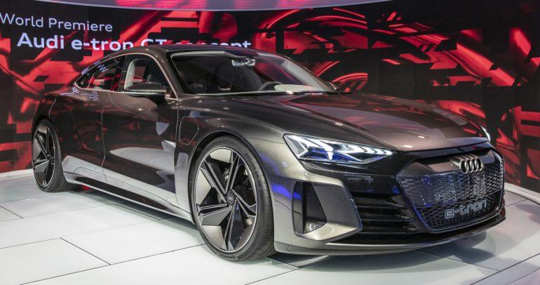 أودي إي-ترون GT سيارة الصالون الكهربائية