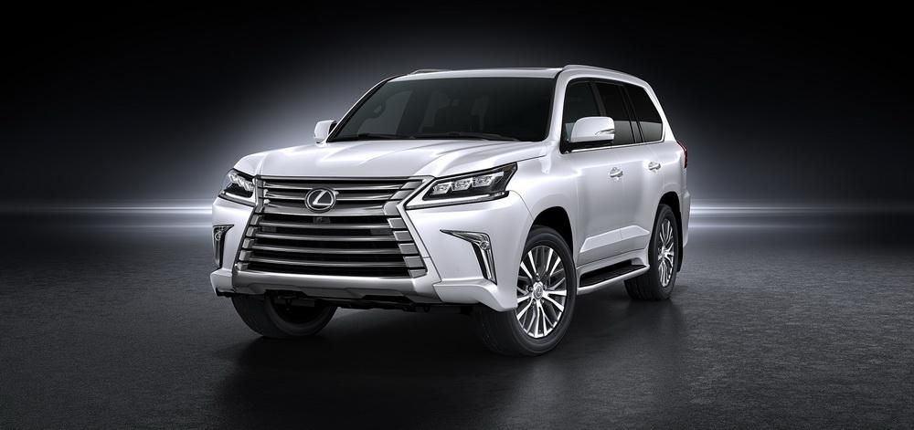 حرصت شركة لكزس على تلبية حاجة العملاء عبر تقديم محرك جديد يتميز بالهدوء والقوة في النسخة الخاصة من سيارة لكزس LX 450d تيربو ديزل والتي تظهر للمرة الأولى في السعودية.
