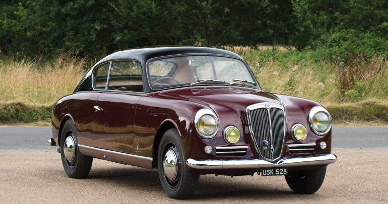 لانسيا أورليا الكلاسيكية التي كانت أول سيارة انتاج بمحرك V6