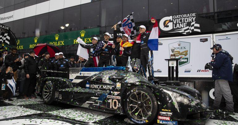 فريق كونيكا مينولتا كاديلاك يحقّق الفوز بتميّز خلال مشاركته بسباق رولكس 24 ساعة في دايتونا الأمريكية