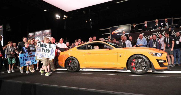 معرض ديترويت للسيارات لعام 2019: أول نسخة انتاجية من فورد موستانج شيلبي GT500 تباع مقابل 1.1 مليون دولار
