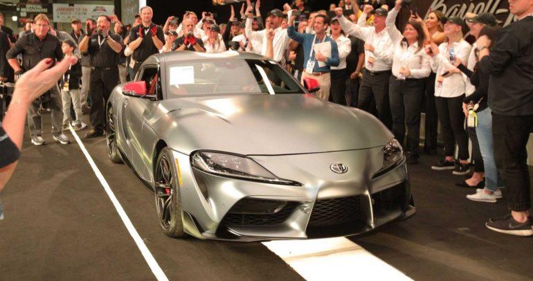 معرض ديترويت للسيارات لعام 2019: أول نسخة انتاجية من تويوتا سوبرا الجديدة تباع مقابل 2.1 مليون دولار