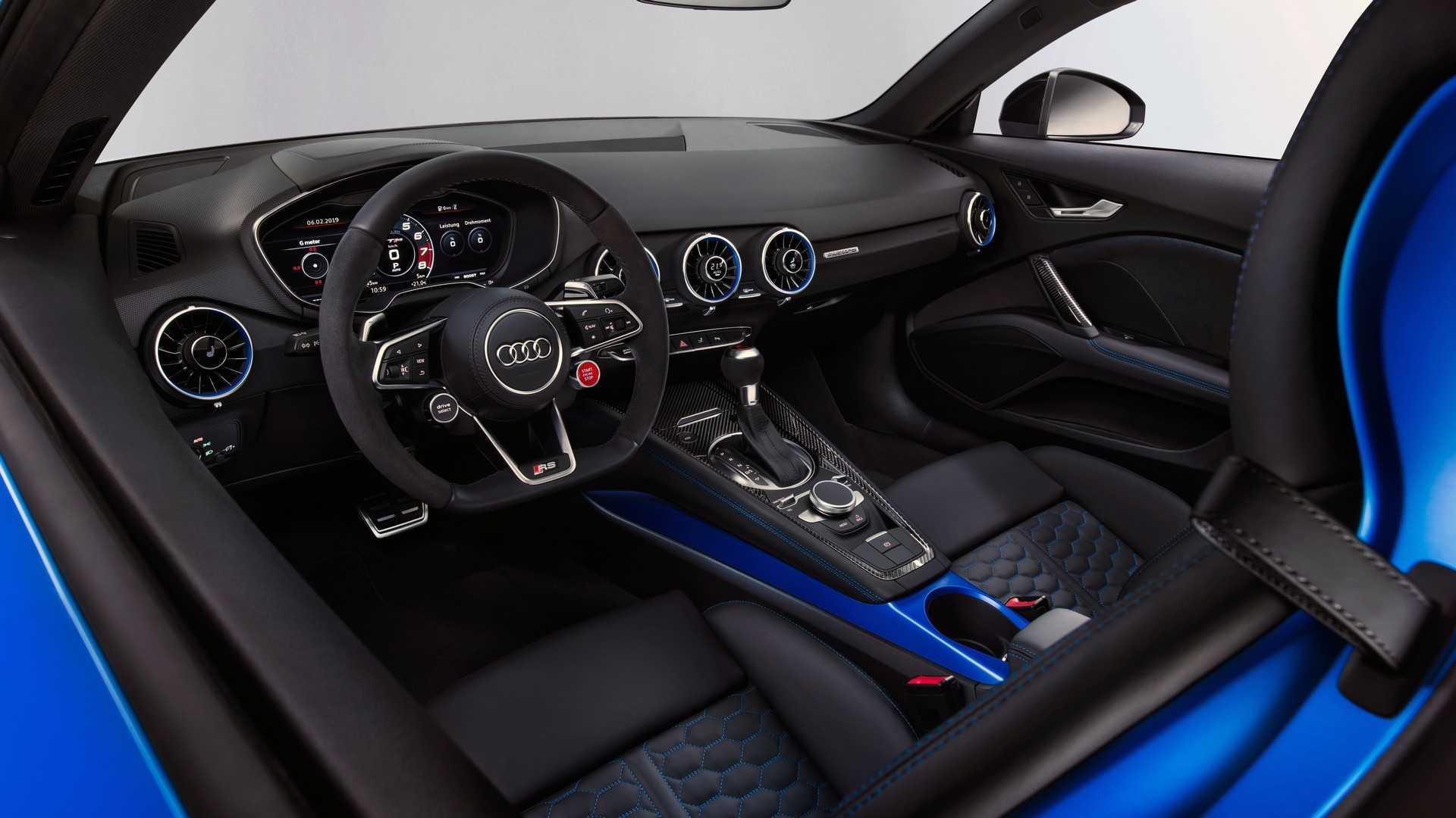 أودي TT RS الجديدة