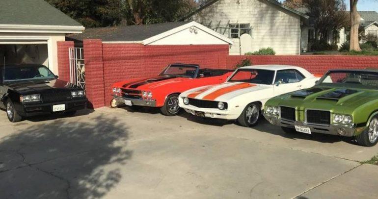 سيارات كلاسيكية مميزة للبيع لهواة تجميع السيارات