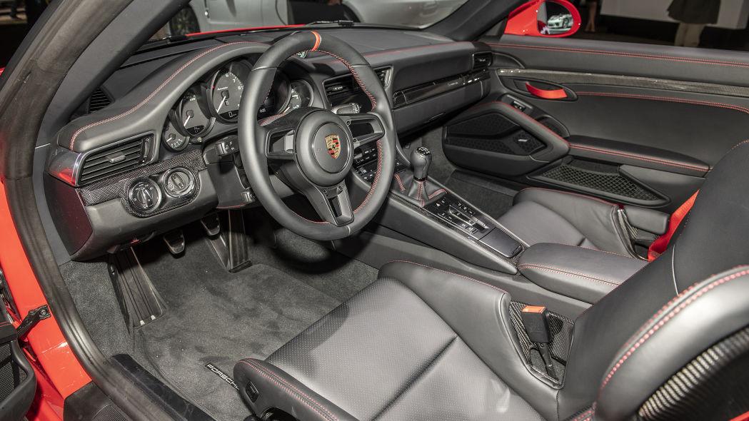 بورشه 911 سبيدستر الجديدة