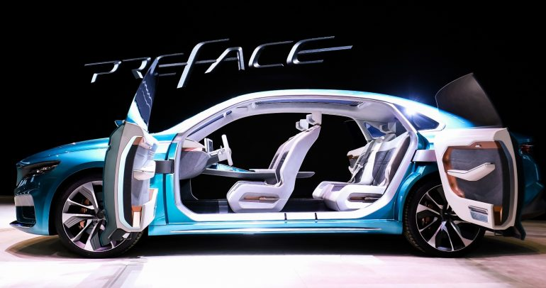 جيلي تتألق وتكشف عن جديدها في معرض شنغهاي الدولي للسيارات