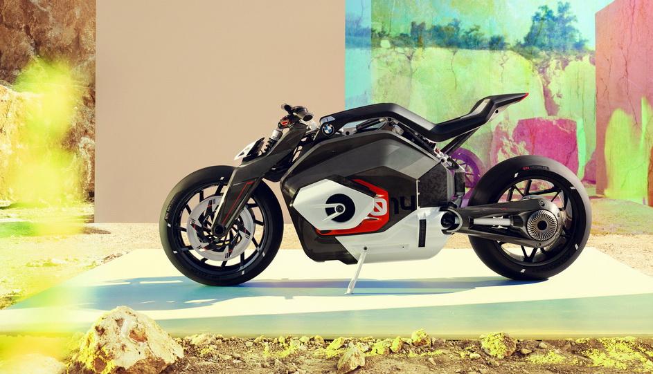 دراجة بي ام دبليو Motorrad Vision DC رودستر المستقبلية