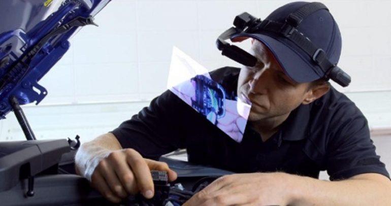 نظارات الواقع الإفتراضي من بي ام دبليو للمساعدة على الصيانة