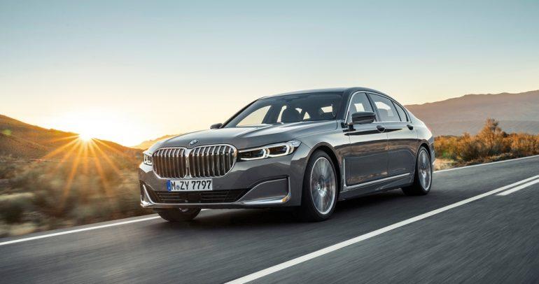 تجربة بي إم دبليو الفئة السابعة المجددة : إعادة تعريف مفهوم السيارات الفارهة