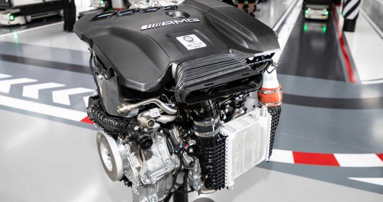 مرسيدس-بنز CLA 45 AMG الجديدة بمحرك قوي ومميز