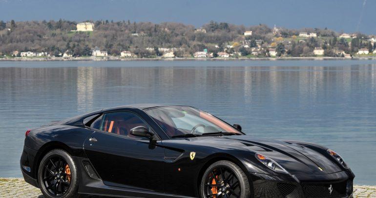 فيراري 599 GTB فيوارنو تستعرض سرعتها القصوى