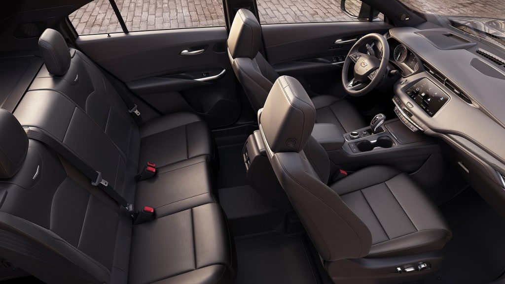 كاديلاك XT4 2019 تقدم 6 ميزات يحتاجها السائق العصري