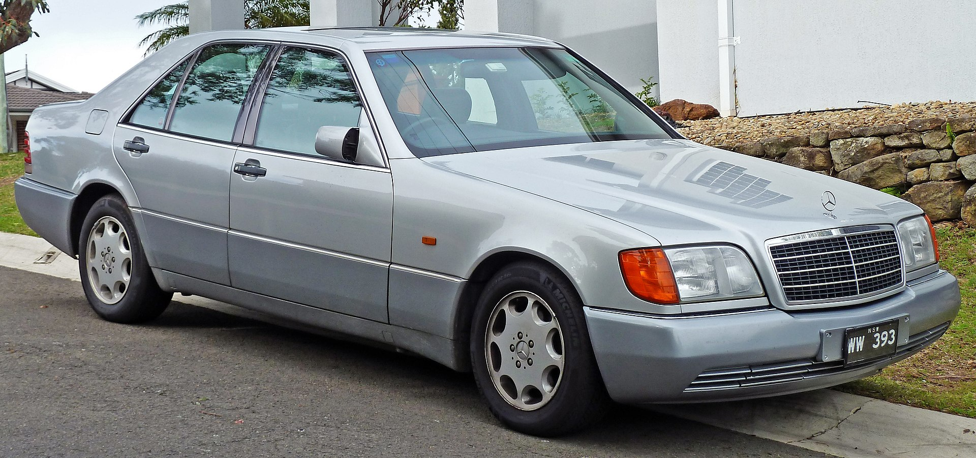 الفئة S طراز W140