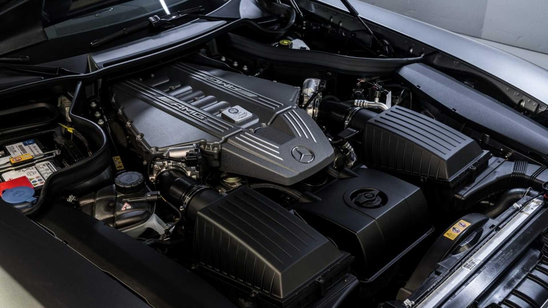 SLS AMG GT رودستر