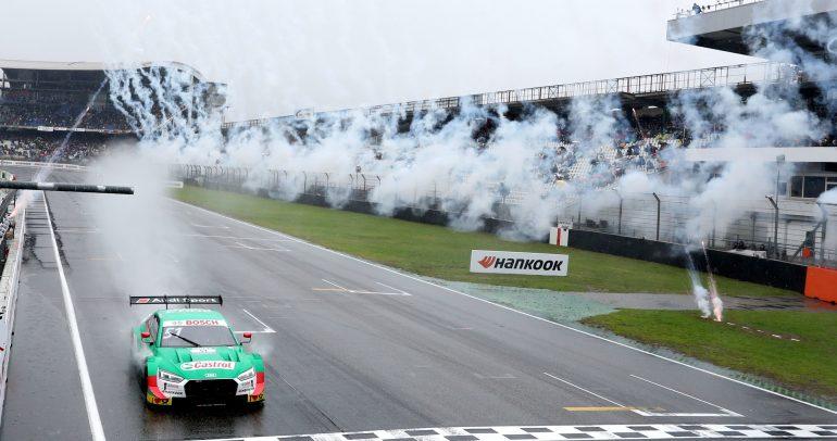 أودي تكلل موسمها الأكثر نجاحاً في بطولة السيارات السياحية الألمانية بفوز ثلاثي في السباق النهائي