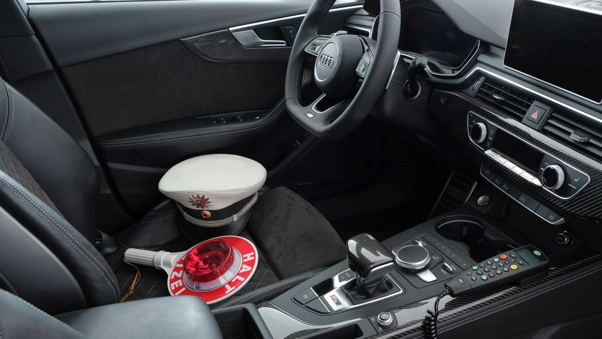 أودي RS4-R