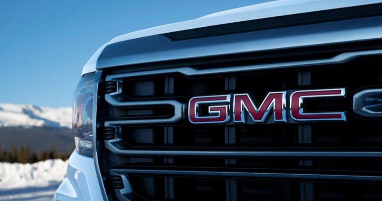 هل سيارة جي إم سي Canyon AT4 2021 أفضل مما نتوقع!