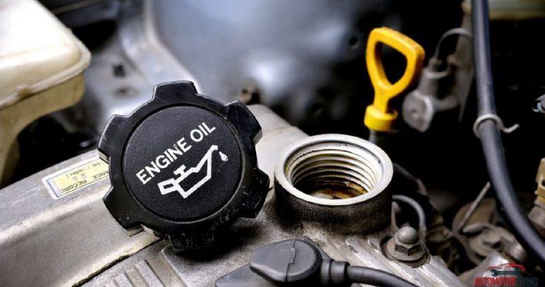 مؤشرات انخفاض ضغط الزيت وتأثيرها على محرك السيارة