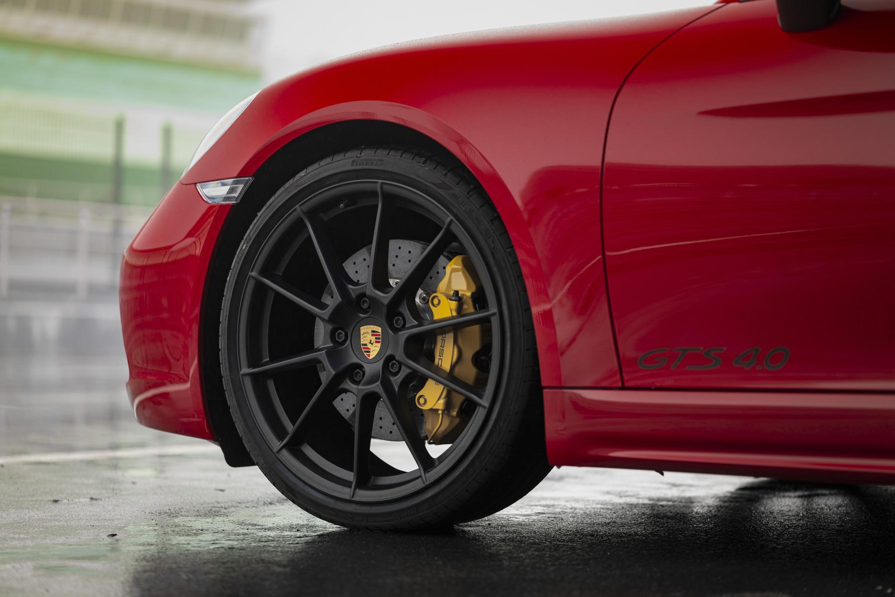 بورشه 718 كايمان GTS 4.0