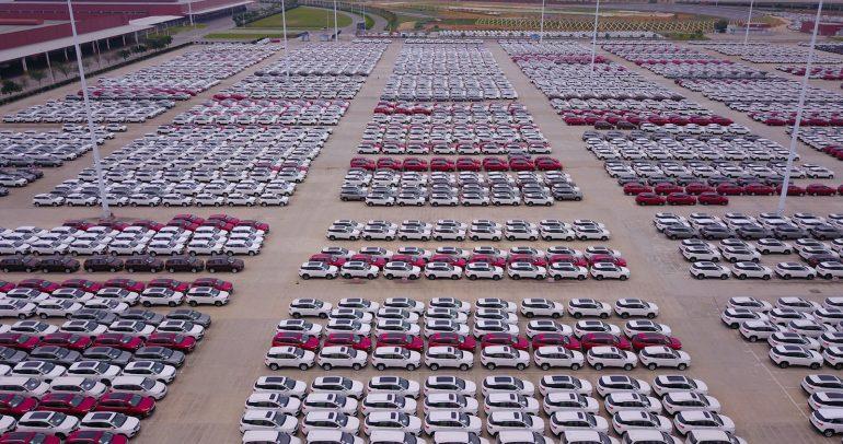 كيف أثّر كورونا على صناعة السيارات في الصين والعالم؟