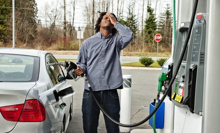 استهلاك الوقود في السيارة