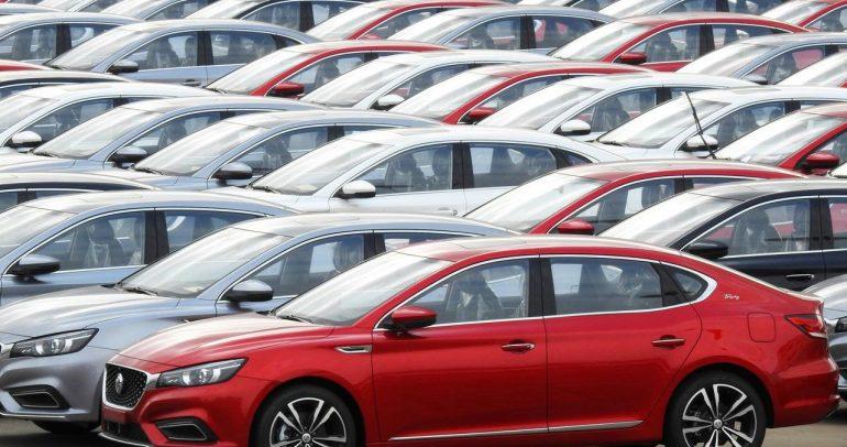 """وكالة """"فيتش"""" تحذر من خطر كورونا على سوق السيارات العالمي"""