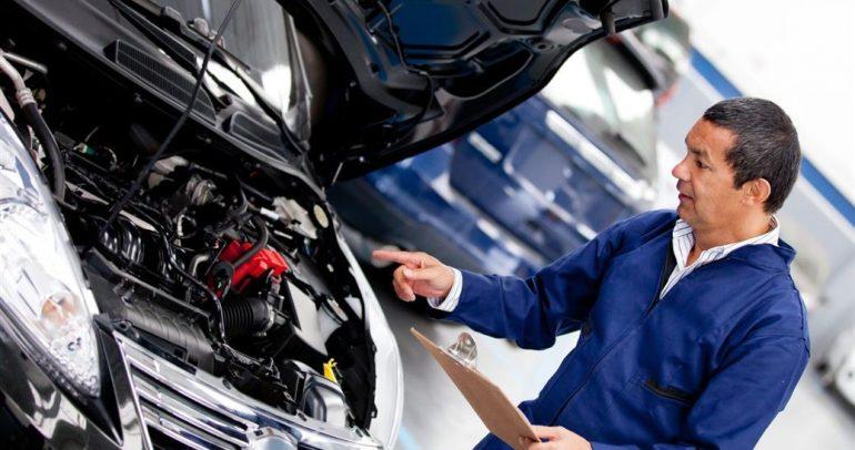 5 تطبيقات لصيانة أعطال السيارات على الطريق