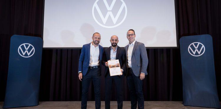 VW Dealership 144