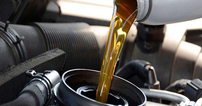 نصائح لكيفية اختيار الزيت الخاص بمحرك السيارة
