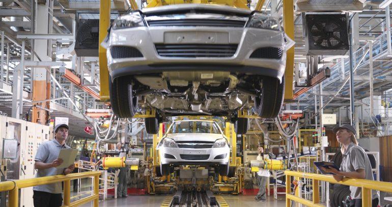 تقرير: انخفاض مبيعات السيارات العالمية بمقدار 440 مليار دولار خلال 2020