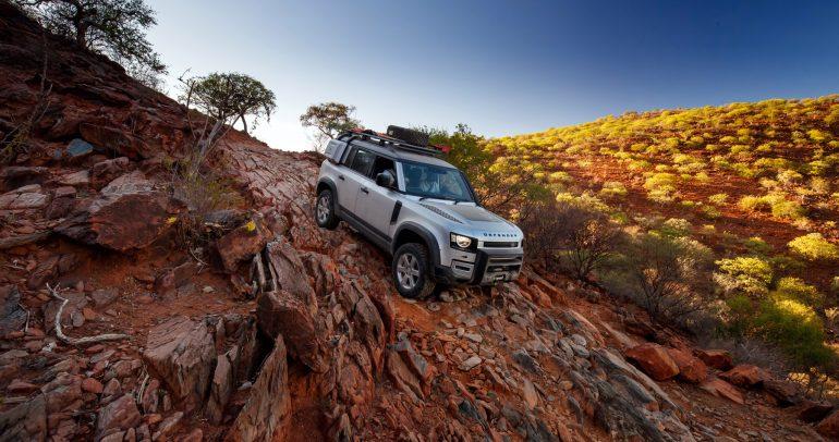 تجربة لاند روفر ديفندر 2020 من ناميبيا: هل هي أفضل سيارة دفع رباعي على الإطلاق؟