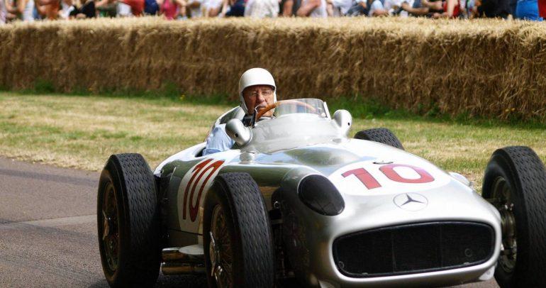 وفاة ستيرلينج موس.. أسطورة سباقات الفورمولا1