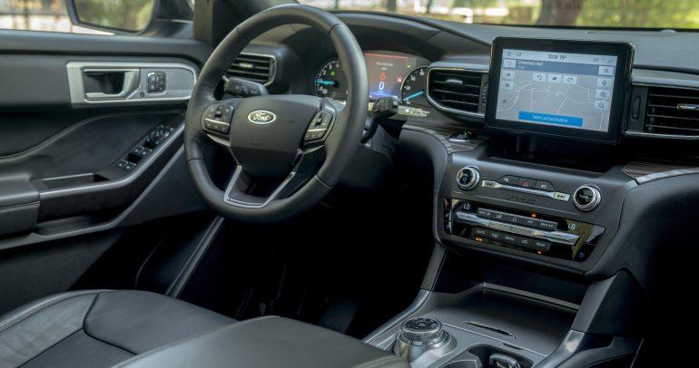 نصائح هامة من فورد لتنظيف المقصورة الداخلية للسيارة