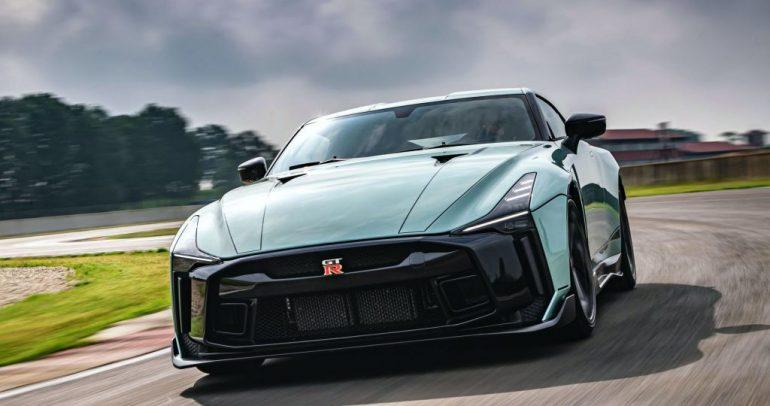 نيسان تكشف عن نسخة مذهلة من GT-R50 بقوة جبارة