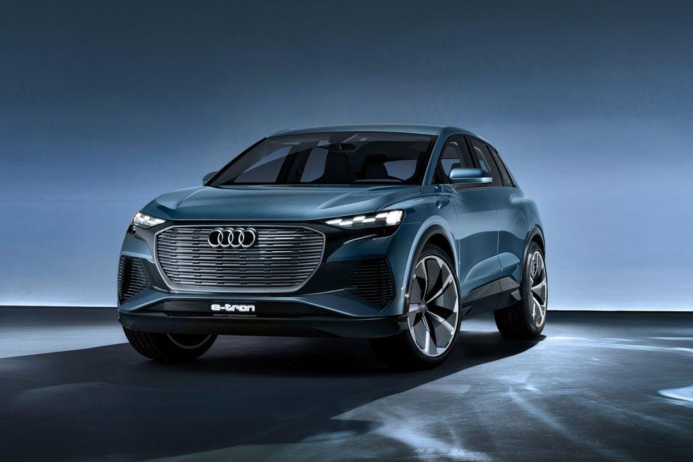 بالصور.. سيارات قادمة تستحق الانتظار 2021-audi-q4-e-tron-