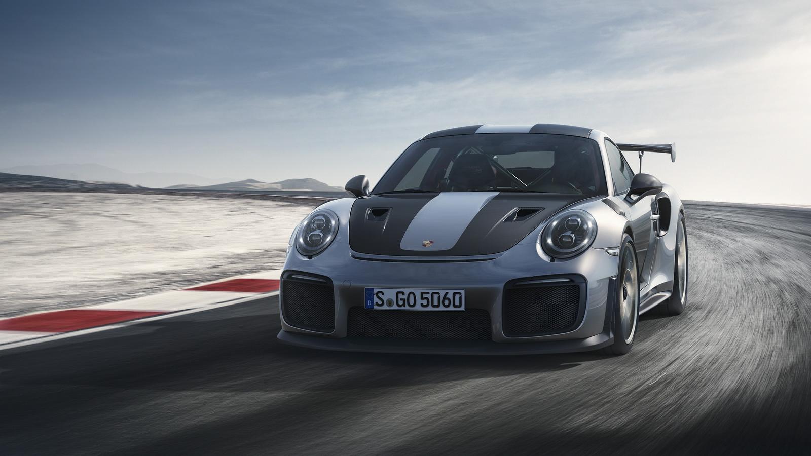 بالصور والفيديو.. شاهدوا أسرع سيارات Porsche-911-GT2-RS-N