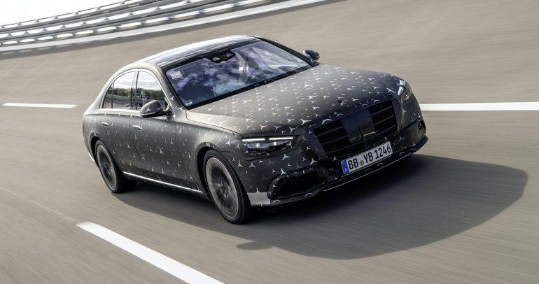 مرسيدس S-Class الجديدة توفر مستويات المناورة مثل السيارات المدمجة