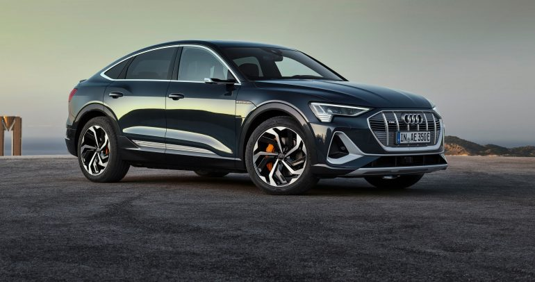 سيارة Audi e-tron Sportback الكهربائية بالكامل متوفرة في الشرق الأوسط