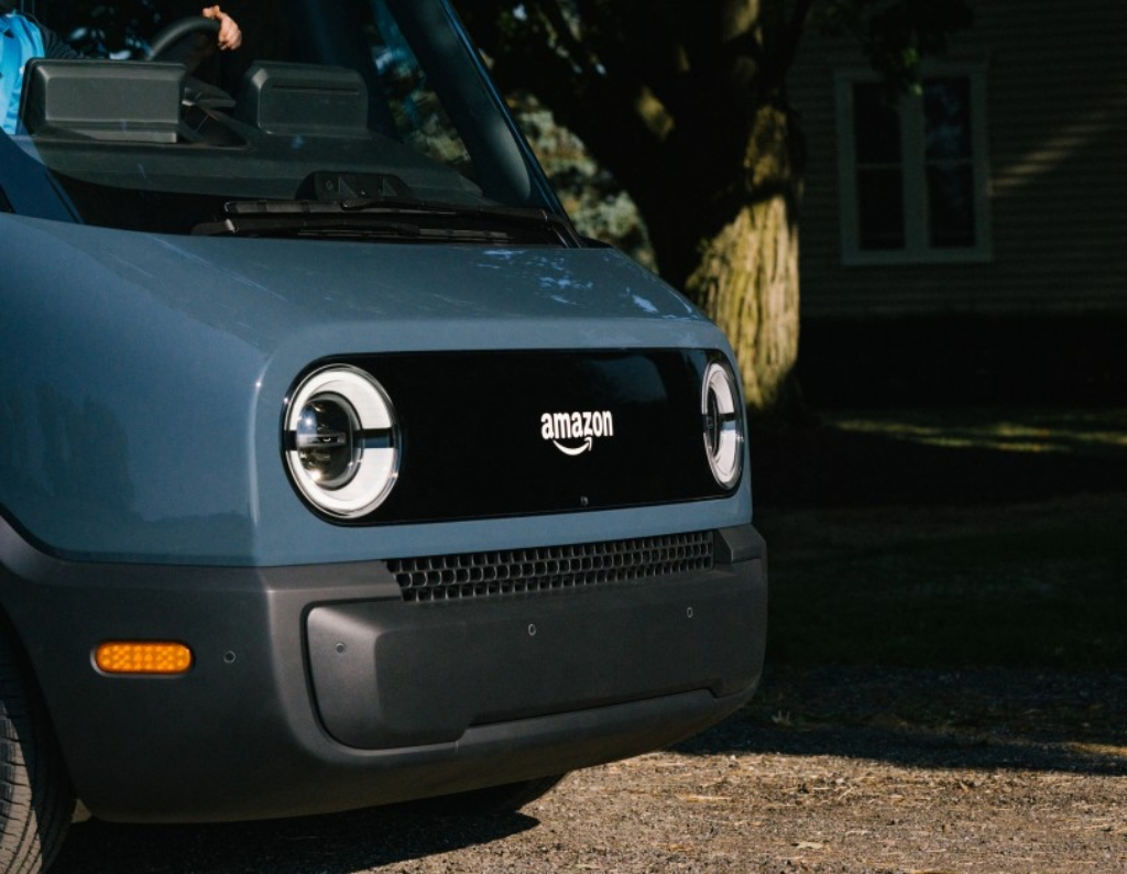 أول سيارة كهربائية لأمازون بالشراكة مع ريفيان