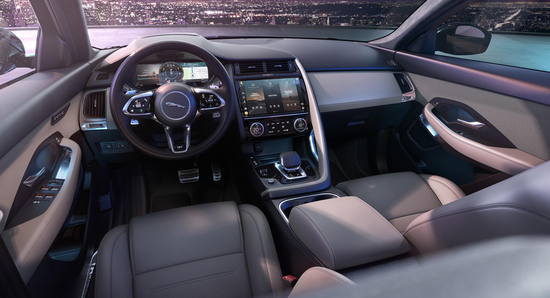 سيارة جاكوار E-PACE الجديدة