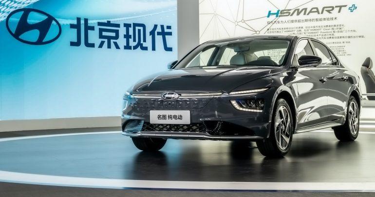 هيونداي ميسترا 2021 تظهر كلياً في الصين مع متغير كهربائي جديد