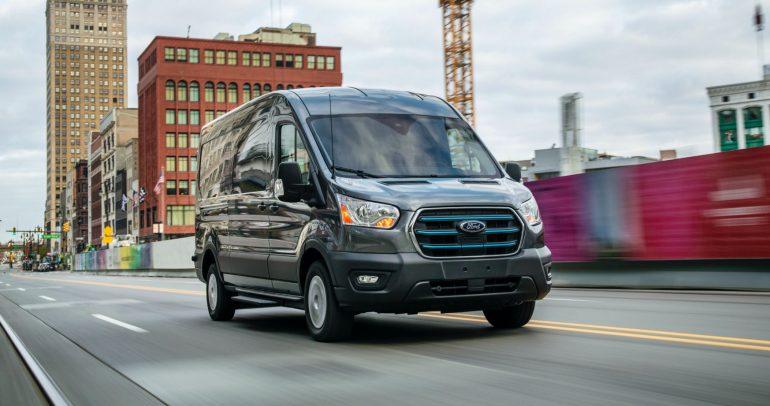 فورد إي ترانزيت 2022.. أول شاحنة كهربائية بالكامل للشركة الأميركية