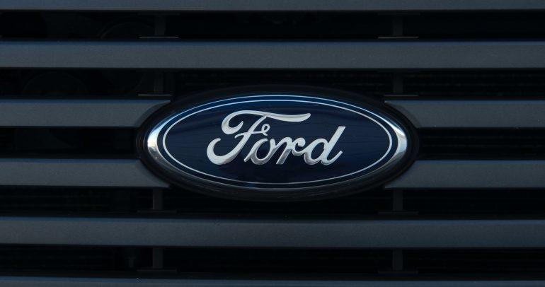 تكريم جهود شركة فورد لتحقيق حيادية الكربون حول العالم