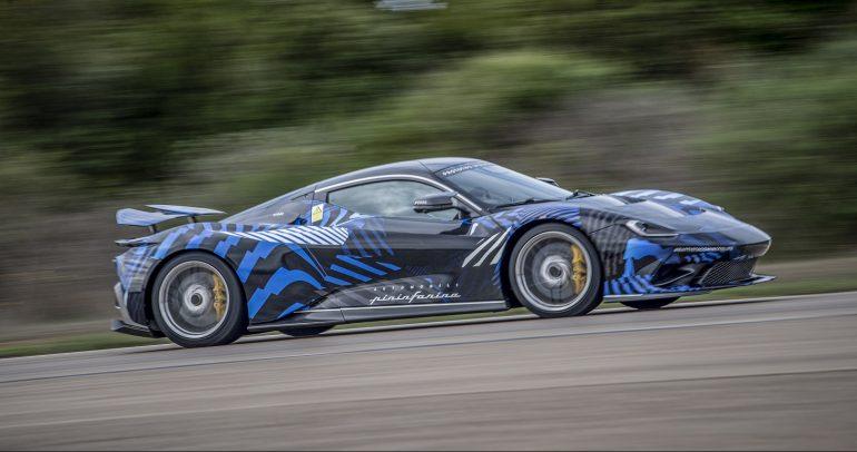 """سيارة """"Battista"""" هايبركار تُكمل برنامج اختبار السرعة العالية في NARDÒ"""