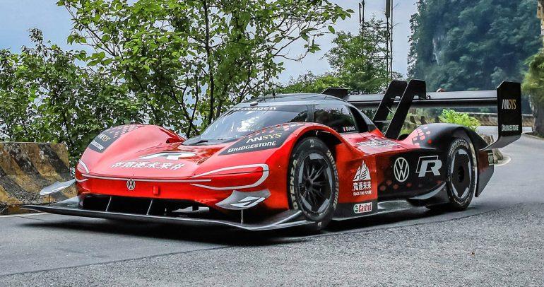 فولكس واجن توقف إنتاج سيارات السباق لدعم التحول الكهربائي