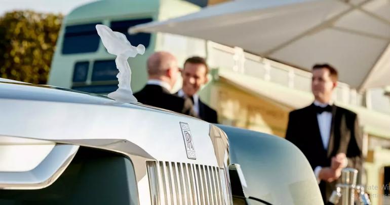 """رولز-رويس أبوظبي موتورز تدشّن تجربة """"ويسبرز"""" الأولى من نوعها في العالم"""